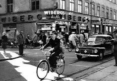 Svartbäcksgatan- St Persgatan. 1950-tal. Uppsala, Sweden, 1950s, Saints, Street View