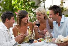 the Italian lifestyle is based on spending time with friends and family