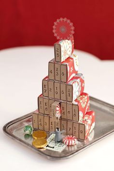 Make your own advent calendar as easy as child's play! Make your own advent calendar Matchbox DIY advent calendar for children The post advent calendar make it yourself as easy as child's play! appeared first on Advent Calendar ideas. Cool Advent Calendars, Diy Advent Calendar, Calendar Ideas, Countdown Calendar, Homemade Advent Calendars, Homemade Christmas Decorations, Holiday Crafts, Holiday Ideas, Xmas Ideas