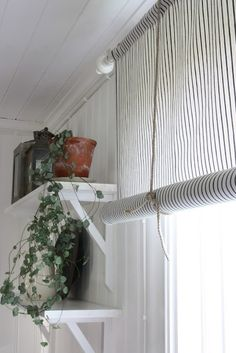 4 Marvelous Cool Tips: Roll Up Blinds Decor outdoor blinds drop cloths.Old Wooden Blinds roll up blinds decor.Blinds For Windows Cheap. Living Room Blinds, Bedroom Blinds, Diy Blinds, House Blinds, Fabric Blinds, Privacy Blinds, Blinds Ideas, Tie Up Curtains, Curtains With Blinds