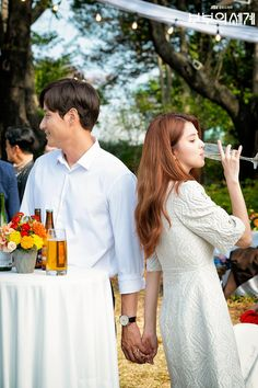 The World of the Married (부부의 세계) - Drama - Picture Gallery @ HanCinema :: The Korean Movie and Drama Database Drama Korea, Korean Drama, Kdrama, Good Movies To Watch, Selfie Poses, Series Movies, Woman Crush, Korean Actors, Kpop Girls
