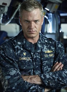 I LOVE Eric Dane in The Last Ship. I never watched Greys. But this show is awesome!!
