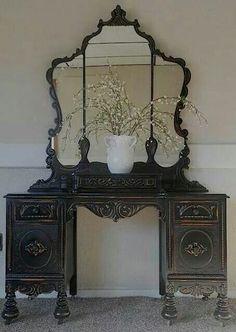 Dark stain vintage vanity