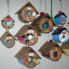 73 Stunning And Out-Of-The-Box DIY Birdhouses For Your Beloved Birds - Blechdosen & Pastik - Tin Containers Themed Shelters For Birds - Homemade Bird Houses, Bird Houses Diy, Homemade Bird Feeders, Recycled Tin Cans, Recycled Crafts, Tin Can Crafts, Crafts For Kids, Coffee Can Crafts, Rock Crafts