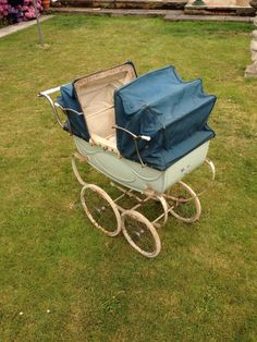 Silvercross Twin Dolls Pram | eBay Pram Stroller, Baby Strollers, Twin Pram, Vintage Pram, Prams And Pushchairs, Dolls Prams, Classic Toys, Toys For Girls, Twins