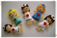 ...felt nurse idea Felt Doll Patterns, Stuffed Toys Patterns, Felt Diy, Felt Crafts, Fun Easy Crafts, Felt Decorations, Homemade Crafts, Felt Dolls, Diy Doll