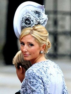 Princess Marie-Chantal of Greece in a pewter Philip Treacy hat with sprays of roses at the Royal Wedding. Marie Chantal Of Greece, Philip Treacy Hats, Ascot Hats, Fancy Hats, Wedding Hats, Wedding Fascinators, Party Wedding, Summer Wedding, Wedding Ceremony