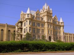 The former Tennessee State Prison was built in 1898 & closed in 1992, but remains a popular spot for movies to be filmed.
