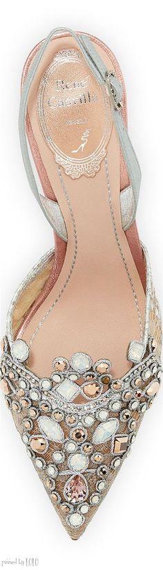 Preciosas zapatillas de novia http://www.miboda.tips/