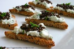 Beluga Lentil Toast Points with Garlic-Chive Goat Cheese Veg Recipes, Snack Recipes, Healthy Recipes, Snacks, Healthy Food, Caviar Recipes, Garlic Chives, Lentil Salad, Food Industry
