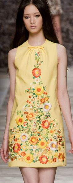 Blugirl S/S 2014 Milan Fashion Week l Reminds me of a shift I had when I was a little girl.