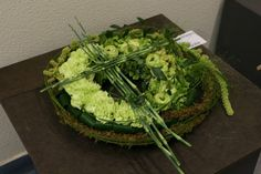 Krans - My site Funeral Arrangements, Sympathy Flowers, Funeral Flowers, Floral Bouquets, Cut Flowers, Flower Designs, Avocado, Floral Design, Wreaths