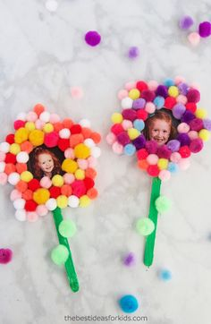 These pom pom flowers make perfect gifts for Mother's Day or are a fun spring craft! We love how simple this Mother's Day craft is for preschoolers! Mother's Day Crafts for Preschoolers | Mother's Day Crafts for Kids to Make | Mother's Day Crafts for Toddlers | Mother's Day Gifts from Kids | Free Printable Flower Template | Free Flower Template #bestideasforkids #mothersday #diy #kidscraft via @bestideaskids