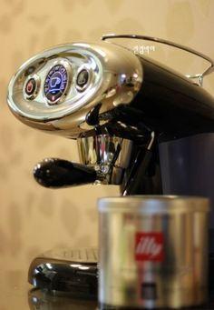 Vingle - 일리 커피머신 X7.1 / 가정용 캡슐 커피머신 - BestBuy's Collection * Best Buy 유럽 브랜드 *