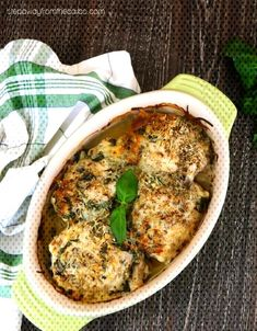 Italian Baked Chicken Thighs - a tasty and flavorful dish! Low carb and keto recipe. Italian Baked Chicken Thighs - a tasty and flavorful dish! Low carb and keto recipe. Baked Chicken Pieces, Italian Baked Chicken, Baby Food Recipes, Low Carb Recipes, Cooking Recipes, Ketogenic Recipes, Cheese Recipes, Turkey Recipes, Ketogenic Diet