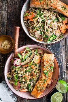 Salmon Recipes, Seafood Recipes, Asian Recipes, Healthy Recipes, Ethnic Recipes, Healthy Food, Weekly Recipes, Weekly Meals, Noodle Recipes