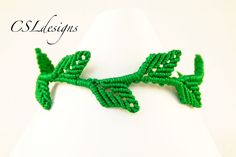 In this tutorial I show you how to make a macrame leaf bracelet. This technique can also be used for other things such as a headband. Please feel free to giv...