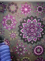 an amazing quilt. love the colors