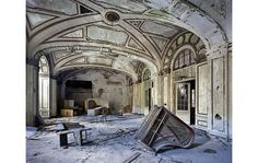 Lee Plaza Hotel - Detroit - photo of ballroom  by Tom Anderson