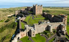 Dover Castle - one of the the key castles in medieval England because of its location. The castle is located on the narrowest part of the Ca. Beautiful Castles, Beautiful Buildings, Beautiful Places, Castle House, Castle Rock, Dover Castle, Castles In England, English Castles, Medieval Castle