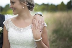 Bella Vista Wedding – Tauranga Wedding Photographer Jewelled bodice and Pearls Bodice, Wedding Photos, Eagle, Photography, Women, Fashion, Marriage Pictures, Moda, Photograph