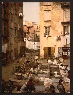 NAPOLI le lavandaie fine '800 primi '900  #TuscanyAgriturismoGiratola