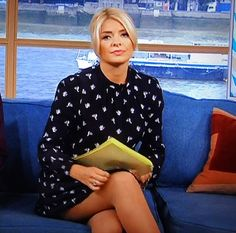 At work my co-workers were shocked! Holly Willoughby Legs, Blond, In Pantyhose, Celebrity Boots, Tv Girls, Lovely Legs, Nice Legs, Flawless Beauty, Sexy Older Women