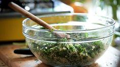 Salada de quinoa com ervilha: receita da Bela Gil - Receitas - Receitas GNT