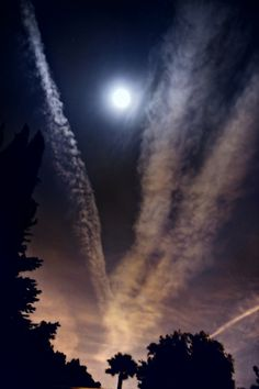 """""""Chemtrails"""" in the moonlight!"""