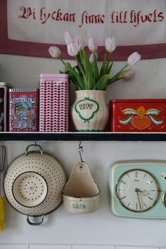 Vintage Colors, Home Kitchens, Tiny House, Kitchen Ideas, Decor Ideas, Colorful, Country, Summer, Inspiration