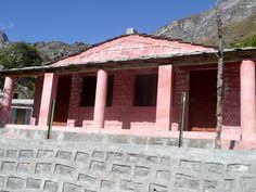 #magiaswiat #podróż #zwiedzanie # chardham #blog #azja #indie #zabytki #swiatynia #stupa #miasto #himalaje #yamunotri #konie #jamuna #gangotri #kedarnath #badrinath #joshimath #prayag #dhampanchprayag #siva #vishnu #nanda #rudra #dev Indie, Gazebo, Outdoor Structures, Mansions, House Styles, Blog, Home Decor, Kiosk, Decoration Home