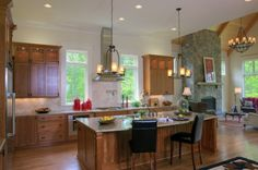 great kitchen, love the wood