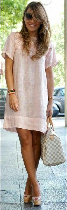 Vestido de lino                                                                                                                                                                                 Más