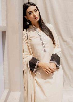Pakistani Dress Design, Pakistani Dresses, Casual Wear, Casual Dresses, Master Tailor, Bridal Mehndi Designs, Black Sequins, Color Combos, Kurti