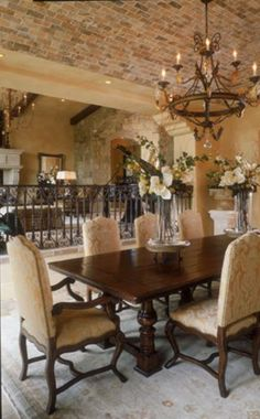 38 Beautiful Rustic Italian Home Style Inspirations - Possible Decor Mediterranean Living Rooms, Mediterranean Style Homes, Spanish Style Homes, Mediterranean Architecture, Spanish Colonial, Rustic Italian Decor, Italian Home Decor, Rustic Decor, Modern Rustic