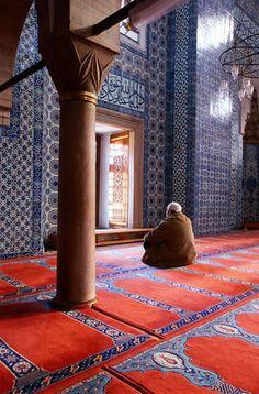 Rustem Pasa Camii Mosque, Turkey  Inside Rustem Pasa Camii Mosque.