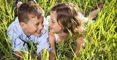 Boulder-Colorado-Family-portrait-photographer-photography-professional-outside-light-smile-pose-candid-chautauqua park-kids-parents-love-hap...