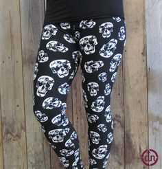 9d860ee502cbfa Check out these Du North Designs Branded, To Die For 8-20 Leggings!
