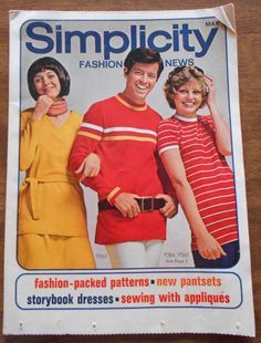 Vintage MAY 1971 SIMPLICITY FASHION NEWS Sewing Magazine Pamphlet Patterns