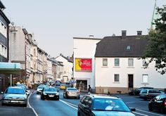 Die Großfläche, der Out-of-Home Klassiker für Ihren großen Auftritt  https://plakat-wirkt.de/die-grossflaeche-der-out-of-home-klassiker-fuer-ihren-grossen-auftritt/  #Plakatwirkt #WirbringenSieGROSSraus #KaltenbachAussenwerbung #Aussenwerbung #Klassiker #DerKlassiker #Großfläche #Großflächenwerbung #achtzehneintel #Plakat #Werbung #Plakatwerbung #Marketing #OutofHome #outofhomemedia #outofhomeadvertising #immobilienwerbung #billboards #billboard #Werbeflaeche #Plakatflaeche