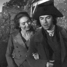 Musings, thoughts and observations — panoramamelodrama: Poldark S2 Romelza + arm in...
