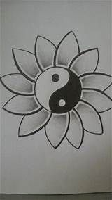 easy drawings creative drawing ideas for beginners Easy Pencil Drawings, Easy Drawings For Kids, Doodle Drawings, Tattoo Drawings, Easy Simple Drawings, Art Drawings Easy, Easy Flower Drawings, Simple Drawing Designs, Tattoo Sketches