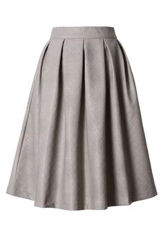 Faux Leather Diamond Pleated Skirt in Ivory #Chicwish