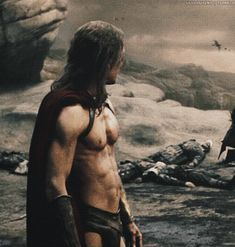 Gif - belly breaths,  Glad there are gifs like this because not for nothin' would I have tried to watch 300 again. Didn't know MF was in it. The first time I got through maybe 15 minutes before ejecting.  One of the few films with oiled, nearly naked men i cannot bear to watch.