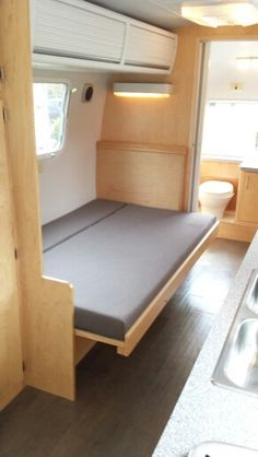 '76 Airstream Land Yacht Tradewinds renovation