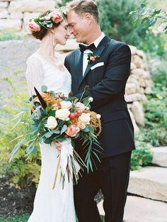 Photography: Bella Cosa by DArcy Benincosa - www.benincosaweddings.com  Read More: http://www.stylemepretty.com/2015/06/02/elegant-park-city-wedding/