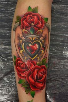 If you enjoy exploring the symbolism of different popular heart tattoos, you probably know the Claddagh tattoos. Tribal Tattoos, Tattoos Skull, Ring Tattoos, Love Tattoos, Body Art Tattoos, Tatoos, Zodiac Tattoos, Celtic Tattoos, Tattoo Crown