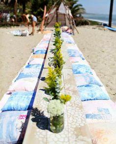 EN MI ESPACIO VITAL: Muebles Recuperados y Decoración Vintage: Un camping bohemio en la playa { Boho camping at the beach }