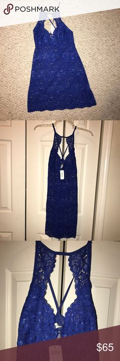 NWT💙SOMA💙Bright Blue Shimmer Floral Lace Chemise NWT💙SOMA💙Bright Blue Shimmer Floral Lace chemise. Keyhole front with Crisscross Back. Size- Small. Adjustable straps. Nylon / Spandex. Original cost $80 Soma Intimates & Sleepwear Pajamas
