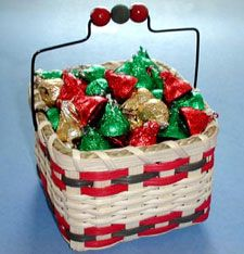 Holiday Candy Basket Pattern